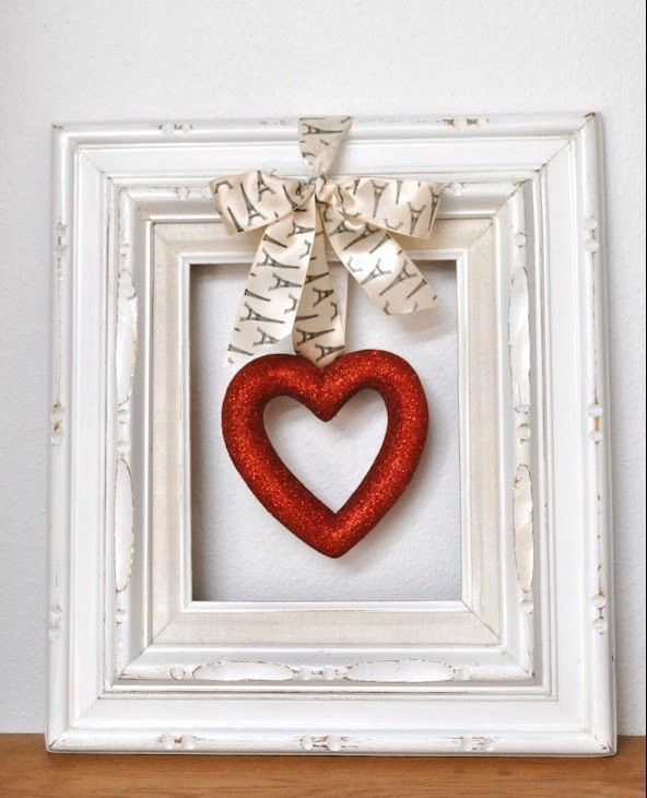 Valentines day decorating ideas–valentines day–decorating ideas–modinteriorsonline.com–red–décor tips–home décor–colleyville tx-foam heart-white frame-diy-valentines day crafts