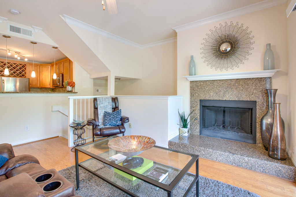 Real estate staging; Staged condo; staged home; colleyville stager; vacant staging; staging consultation;
